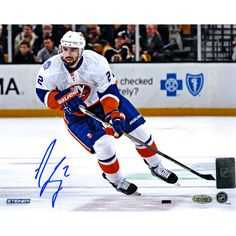 Hockey Player Nick Leddy has hand-signed this New York Islanders White Jersey Photo-Nick Leddy was drafted in the first round of the 2009 NHL Entry Draft Baseball Gear, Baseball Cards, Ryan Miller, Stanley Cup Finals, Star Wars, Buffalo Sabres, Minnesota Wild, New York Islanders, First Round