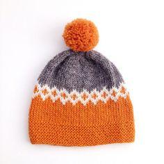 Ravelry: diannawalla's moon sprite no. 6 – Knitting patterns, knitting designs, knitting for beginners. Fair Isle Knitting, Loom Knitting, Knitting Stitches, Free Knitting, Baby Knitting Patterns, Knitting Designs, Knitting Projects, Knitting Ideas, Baby Shoes
