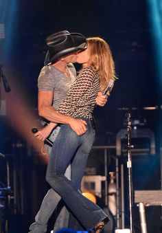 Faith Hill and Tim McGraw Are Still Madly in Love❤️❤️❤️