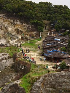 Gunung Tangkuban Perahu, Bandung, West Java, Indonesia Bandung City, Bali Lombok, Poker Online, Semarang, Beautiful Places, Places To Visit, Vacation, World, Javanese