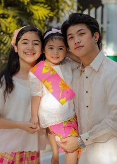 Ranz and Niana New Dance Video, Dance Videos, Ranz Kyle, Endorsed Brand, Siblings Goals, Best Profile, Social Media Stars, Cute Teenage Boys, Dance Lessons