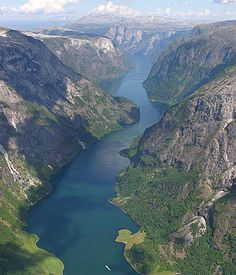 Sognefjord, largest Fjord in Norway