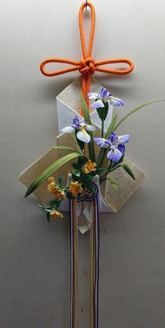 Paper Flowers Diy, Diy Paper, Craft Party, Decoration, Iris, Flower Arrangements, Origami, Knitting Patterns, Gift Wrapping