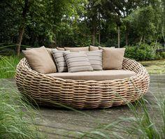 Outdoor Lounge, Outdoor Seating, Outdoor Living, Outdoor Decor, Garden Day Bed, Tropical Greenhouses, Rattan Daybed, Garden Furniture, Outdoor Furniture