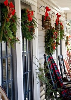 Ideas for Christmas Front Porch, traditional green fresh wreaths with big red bows are beautiful and we will always love this look 2016