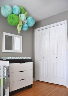 color palette of grey, lime green, light blue, aqua and white    from livethefancylife.com