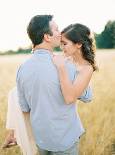 Warm + Relaxed Outdoor Anniversary Session