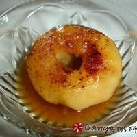 Μήλα ψητά Greek Desserts, Greek Recipes, Fruit Pie, Fruit Dessert, Appetisers, Bagel, Deserts, Sweet Home, Menu