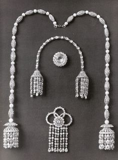 Diamond strings with tassels, 18th century and attributed to Duc - Empress Alexandra