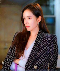 Crash Landing on You Son Ye-jin Inspired Earrings 027 The Last Princess, Korean Shows, Jung Hyun, Size Zero, Korean Star, Korean Actresses, Pretty Eyes, Miranda Kerr, Korean Beauty