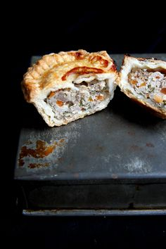 Rieslingspaschteit – Luxembourgish meat pies with Riesling