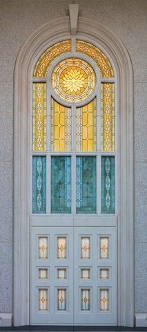 15 Breathtaking Stained Glass Windows from Temples Around the World Mormon Temples, Lds Temples, Temple Glass, Church Pictures, Temple Pictures, Lds Scriptures, Lds Art, Lds Church, Latter Day Saints
