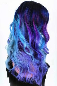 Home Care of an Oil Slick Hair Color Brunette - Ombre Hair Hair Color 2017, Hair Dye Colors, Ombre Hair Color, Galaxy Hair Color, Rainbow Hair Colors, Elumen Hair Color, Dyed Hair Ombre, Red Ombre, Oil Slick Hair Color