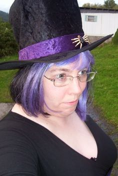Not a great photo but I wore this to a Cruxshadows concert a few years ago. I got many complements on my hair. ;)