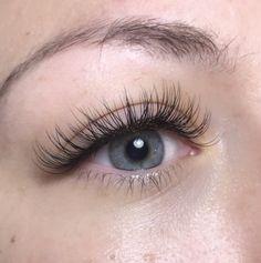Eyelash Extension Portfolio - MAKEUP + HAIR ARTIST Natural Fake Eyelashes, Short Eyelashes, Perfect Eyelashes, Longer Eyelashes, Long Lashes, Eyelash Extensions Classic, Natural Looking Eyelash Extensions, Makeup Is Life, Aesthetic Makeup