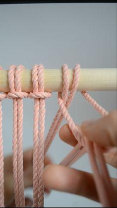 Macrame knots: How To Tie A Lark's Head knot Macrame Wall Hanging Patterns, Macrame Art, Macrame Design, Macrame Projects, Macrame Patterns, Knots, Decoration, Plant Hanger, Alondra