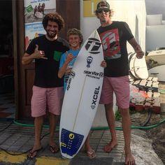 @cristian_portelli nuestro #teamrider @lasantaprocenter muy contento con su nueva tabla @lasantasurf by @phippssurf. Completando su quiver para esta temporada de #campeonatos  @lasantaprocenter  @albert_lasantasurf  @acaymofamara  #cristianportelli  #surf #Surfer #teamriderlasantasurf #teamriderlasantasurfprocenter #lasantasurfpro #junior #prosurf #surfing @jamtraction #lasantasurfprocenter #lasantasurf #lasantasurfboards . http://ift.tt/SaUF9M