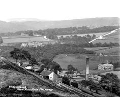 0262 Thick Hollins from Royd Edge Meltham, early 20th century. Top left of the picture, you can see the convalescent home shown in postcard 0226.