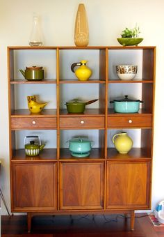 Room Divider / China Cabinet.  I need something like this to show off my growing collection of vintage Pyrex and Catherineholm pieces.