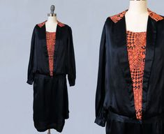 1920s Dress / 20s Black Satin Day Dress / ART DECO Graphic