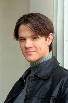 Jared Padalecki ~ Gilmore Girls ~ Publicity Photos ~ Season 1 (2000) #amusementphile