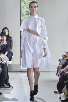 Yasutoshi Ezumi Tokyo Spring 2016 Collection Photos - Vogue