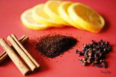 Áp dụng các công thức khử mùi đơn giản từ nguyên liệu sẵn có trong nhà bếp giúp người giúp việc gia đình tiết kiệm thời gian và chi phí.