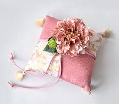 【リングピロー】リングピロー・ 和ダリア Ring Pillows, Lace Pillows, Wedding Kimono, Ring Pillow Wedding, Wedding 2017, Luxury Bedding, Wedding Details, Christmas Stockings, Decorative Pillows