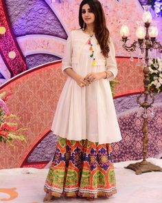 If you are confused which outfit suits best to her, then here are some Indian wedding dresses for bride's sister that you can suggest to her or buy for her. Pakistani Fashion Casual, Pakistani Dresses Casual, Pakistani Dress Design, Indian Fashion, Casual Dresses, Kurta Designs, Kurti Designs Party Wear, Designer Kurtis, Indian Attire