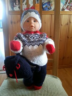 Doll knitting Winter Hats, Crochet Hats, Knitting, Knitting Hats, Tricot, Breien, Stricken, Weaving, Knits