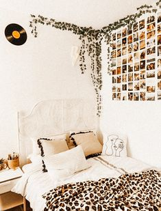 Bedroom Decor For Teen Girls, Room Ideas Bedroom, Teen Room Decor, Teen Bedroom, Bedroom Inspo, Bedrooms, Cute Room Ideas, Cute Room Decor, Chill Room