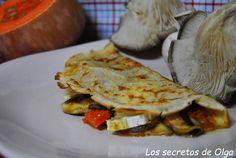 """CREPES DE CALABAZA Y SETAS"" Esplendida receta de Olga Marin.  http://lossecretosdeolga.blogspot.com.es/2013/10/crepes-de-calabaza-y-setas.html"