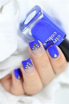 Rhapsody in Blue - aztec nail art - bundle monster metallic foil stickers - off with code - aztèque nails Aztec Nail Art, Aztec Nails, Geometric Nail Art, Galeries D'art D'ongles, Rhapsody In Blue, Nail Time, Dope Nails, Prom Nails, Nail Art Galleries