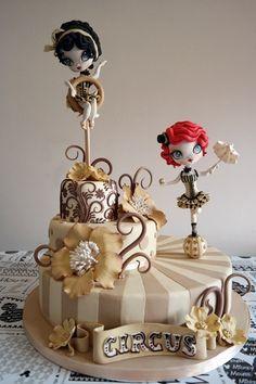 TUTORIAL - Una torta ispirata ad uno stile vintage anni '50, in un contesto tipico del circo dell'epoca,