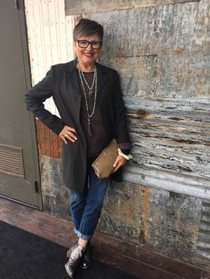 How to Make Casual Outfits More Interesting - Brenda Kinsel 50 Fashion, Fashion Over 40, Autumn Fashion, Fashion Outfits, Fashion Clothes, Spring Fashion, Cheap Fashion, Fashion Brands, Weekend Fashion
