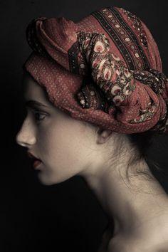 Model: Sophia J. (Factor Model Management)   MUA/Hair: MaraZ Make Up Artist