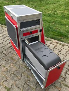 Chuck Box, Toyota Hiace, Honda Element, Camper Storage, Camper Van Conversion Diy, Bus Camper, Ford Transit Connect Camper, Truck Bed, Camping Accessories