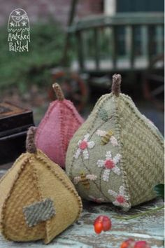 Hey, I found this really awesome Etsy listing at https://www.etsy.com/listing/181996690/pear-tree-pin-cushion-pattern