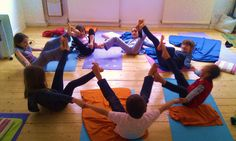 Kids yoga. Active mandala