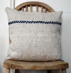 simple embroidery--so pretty