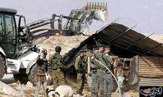 الاحتلال يهدم بركسا في خربة بيت اسكاريا…: هدمت قوات الاحتلال الإسرائيلي، اليوم الثلاثاء، بركسا لتربية الأغنام والمواشي في خربة بيت اسكاريا…