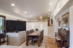 Create a flattering ambience with LED-lighting. Luo imarteleva tunnelma LED-valaisimilla.