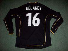 7866efdc6 2002 2003 Hull City Delaney  16 Medium Away Football Shirt L s Long sleeved