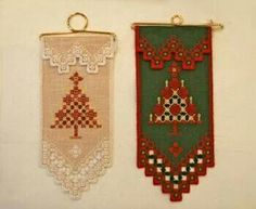 Listón navideño! Embroidery Online, Types Of Embroidery, Rose Embroidery, Learn Embroidery, Embroidery For Beginners, Embroidery Techniques, Embroidery Patterns, Embroidery Stitches, Bookmark Craft