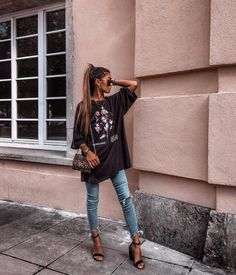 Summer Fashion Tips .Summer Fashion Tips Mode Outfits, Grunge Outfits, Night Outfits, Club Outfits, Vegas Outfits, Party Outfits, Look Fashion, Skirt Fashion, Fashion Outfits