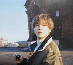 """Ah this is so so delayed and I feel really bad but my honorary Yoongi birthday thread is upon us! Happy happy happy birthday to the one and only Min Yoongi 🥺💗💖🥰 our pretty, talented, comforting honey boy who deserves the entire world! Suga Suga, Min Yoongi Bts, Bts Bangtan Boy, Kim Namjoon, Kim Taehyung, Jung Hoseok, Seokjin, Foto Bts, Bts Photo"