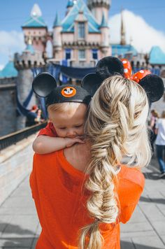 MUST take this picture with my son when we go next December! Casual Outfit + Hair Tutorial - Barefoot Blonde by Amber Fillerup Clark