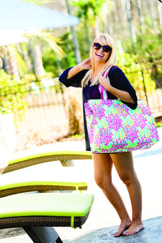 Personalized/Monogrammed Coral Reef Beach Bag. Great size for all of your beach or pool side needs!