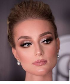 prom makeup - prom makeup - party makeup - wedding makeup - inspiration makeup - step by step makeup Makeup Inspo, Makeup Inspiration, Makeup Tips, Makeup Ideas, Makeup Goals, Makeup Brands, Makeup Geek, Makeup Tutorials, Makeup Remover