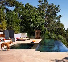 loove infinity pools on cliffs